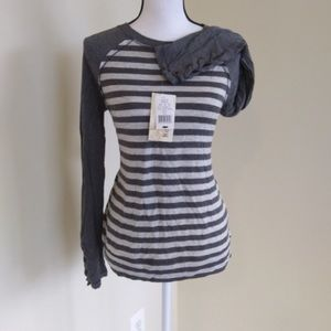 Rewind Gray Striped Top w Lace Up Sleeves Medium